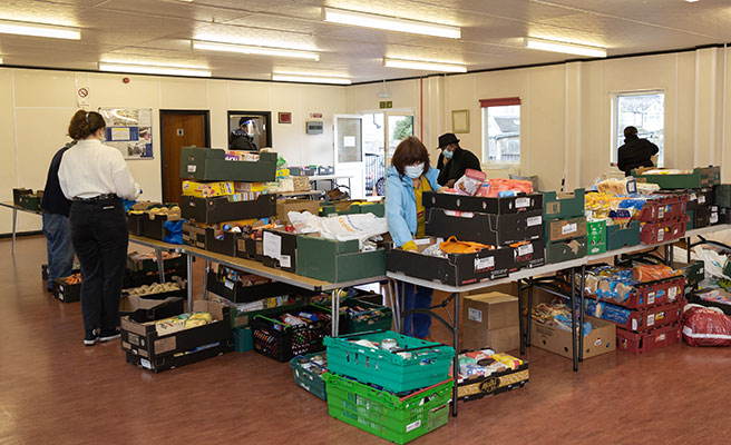 Food-donations-from-DLAG-being-sorted-at-the-Fresh-Food-Bank,-Pollards-Hill